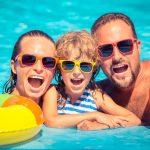 ウェットアンドワイルドの魅力を徹底解説!ハワイの大人気プールは家族もカップルも楽しめる